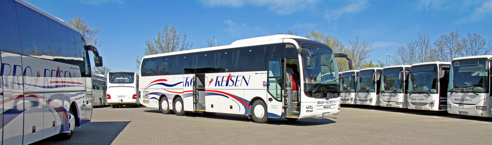 Mercedes Benz Tourino Coach Charter Bus Rental Germany And Europe