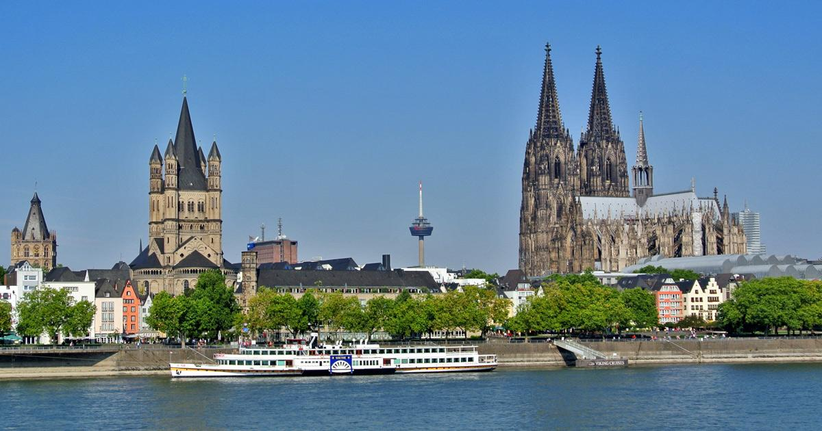 Bus Charter Cologne / Coach Hire Service / Rent a Bus with Driver