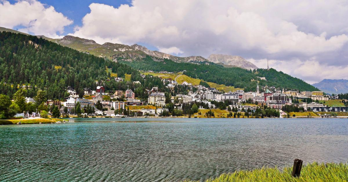 Bus Charter / Rent a Bus with Driver in St-moritz / Coach Hire Service