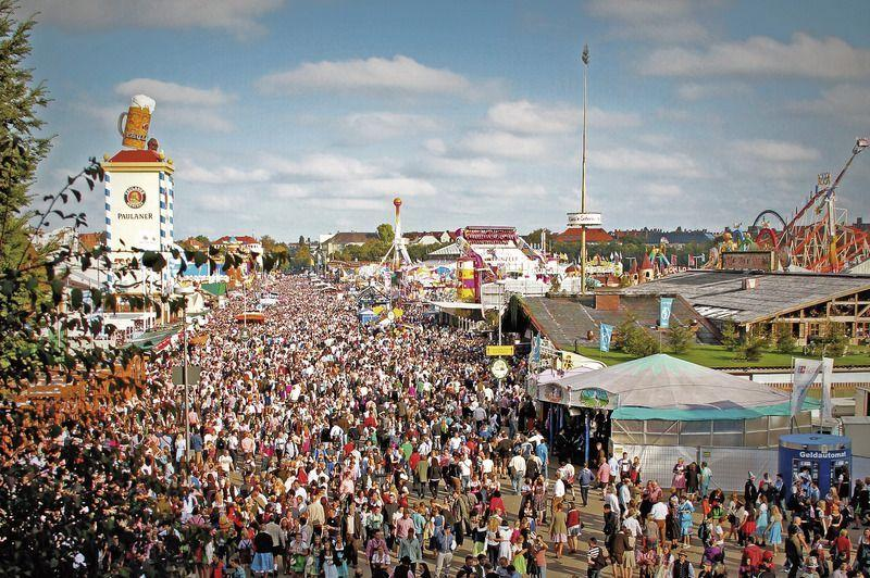 Visit the Oktoberfest in Munich with Coach Charter Germany - your coach charter company