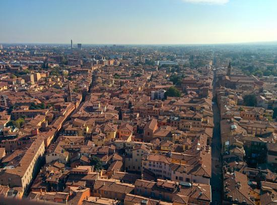 Top 10 places in Bologna | Bus Charter | Coach Hire