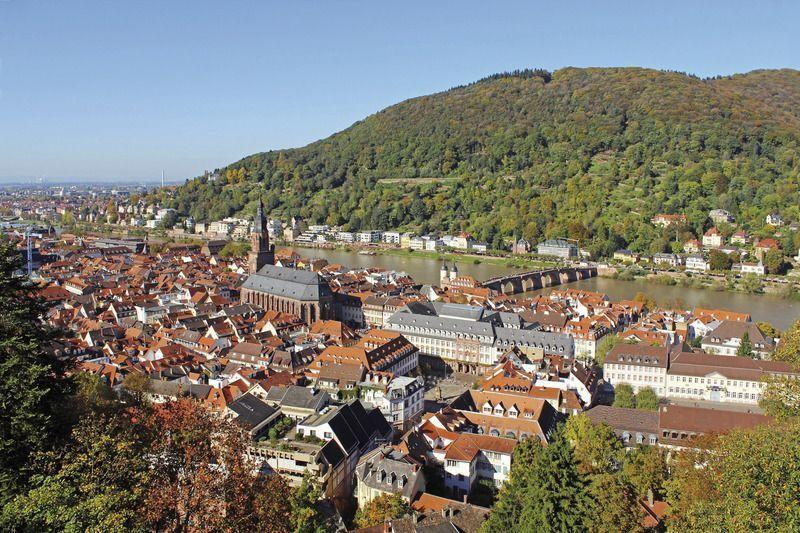 Visit the Top 10 places in Heidelberg with Coach Charter Germany - your coach charter company